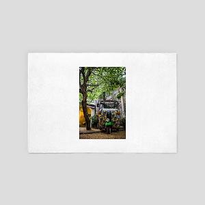 tuktuk art 4' x 6' Rug