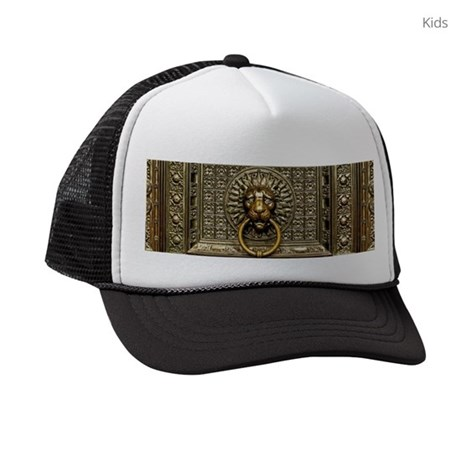 Doorknocker Lion Brass Kids Trucker hat