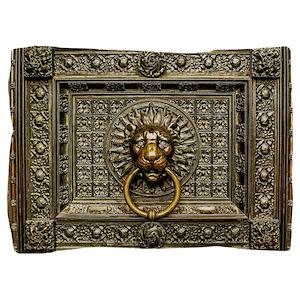 Doorknocker Lion Brass Pillow Sham