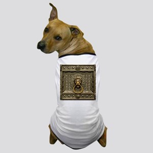 Doorknocker Lion Brass Dog T-Shirt