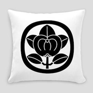 Hikone mandarin orange Everyday Pillow