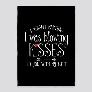 Fart Kiss 5'x7'Area Rug