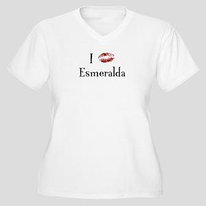 I Kissed Esmeralda Women's Plus Size V-Neck T-Shir