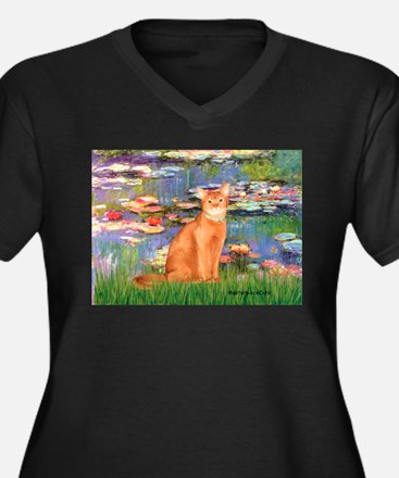 Lilies & Red Abyssinian cat (S) Women's Plus Size