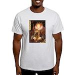 Queen / Cocker Spaniel (br) Light T-Shirt