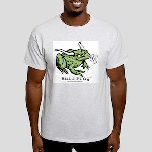 """Funny """"Bull"""" Frog Ash Grey T-Shirt"""