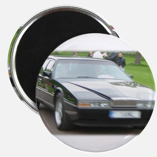 Unique Aston martin Magnet