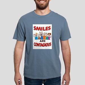 SMILING GROUP T-Shirt