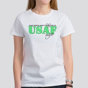 Lucky like us: USAF Wife Women's T-Shirt