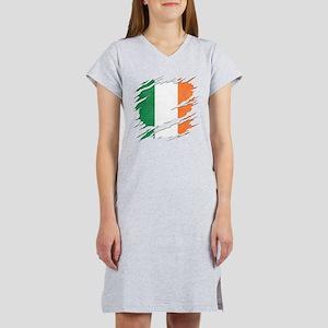 Ripped Reveal of Irish Flag Women's Nightshirt