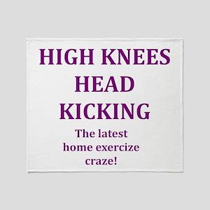 high knees Throw Blanket