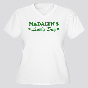 MADALYN - lucky day Women's Plus Size V-Neck T-Shi