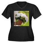 Wedding Bouquet Photo Women's Plus Size V-Neck Dar