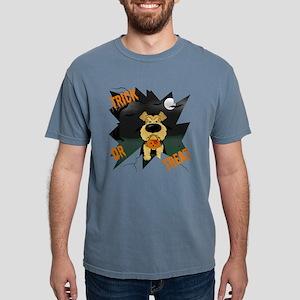 Airedale Vampire Halloween T-Shirt