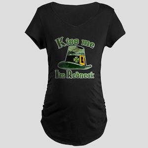 Kiss me I'm Redneck oh Irish Maternity Dark T-Shir