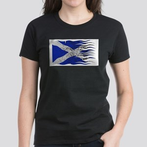 Wavy Scotland Flag Grunged T-Shirt