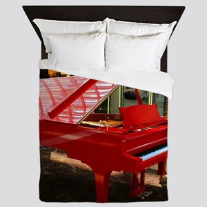 Simply red: grand piano Queen Duvet
