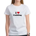 I love cuddling Women's T-Shirt