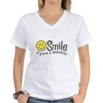 Smile if youre a Republican Women's V-Neck T-Shirt