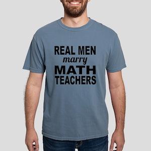 Real Men Marry Math Teachers T-Shirt