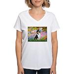 Garden / Collie Women's V-Neck T-Shirt