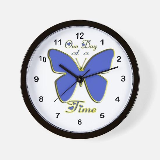 Cute Alanon Wall Clock