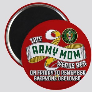 Army Mom Wears Red Friday Magnet