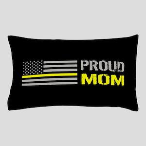 U.S. Flag Yellow Line: Proud Mom (Blac Pillow Case