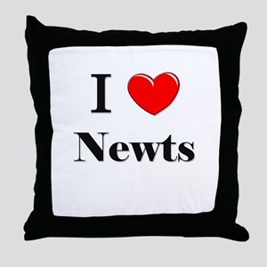 I Love Newts Throw Pillow