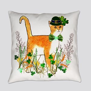 St. Patrick's Day Cat Everyday Pillow