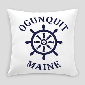 Summer ogunquit- maine Everyday Pillow