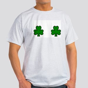 SHAMROCK CHEST Light T-Shirt