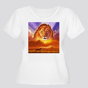 Lion King Women's Plus Size Scoop Neck T-Shirt