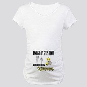 Taking baby steps Maternity T-Shirt
