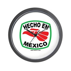 HECHO EN MEXICO Wall Clock