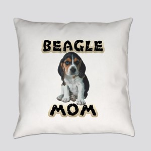 Beagle Mom Everyday Pillow