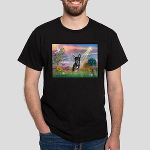 Cloud ANgel / Chihuahua (Bl-T) Dark T-Shirt