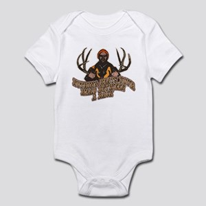 Nothing beats your head betwe Infant Bodysuit