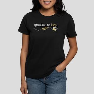 grandma to bee again Women's Dark T-Shirt