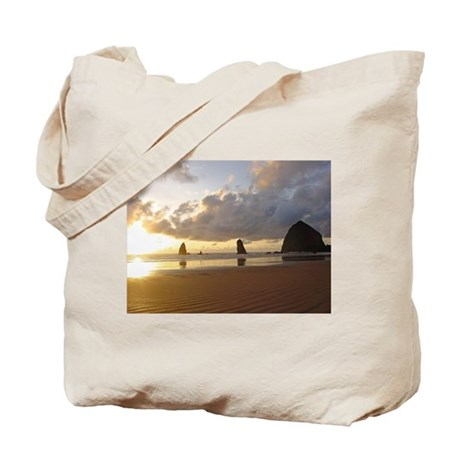 Cannon Beach, Oregon Sunset Tote Bag