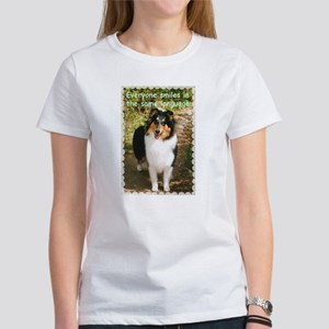 Collie Smile Women's T-Shirt (white)
