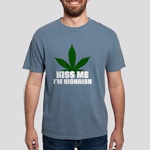Kiss Me I'm Highrish Funny St Patricks Day T-Shirt