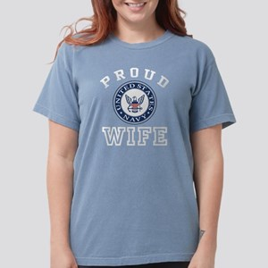 Proud US Navy Wife Women's Dark T-Shirt