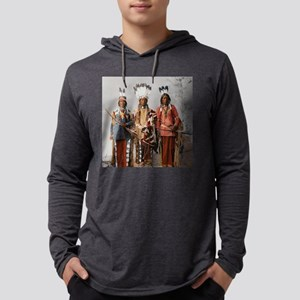 Native American apache worrior Long Sleeve T-Shirt