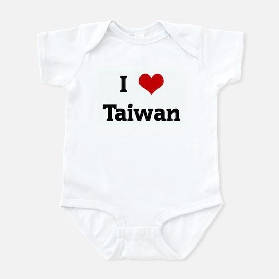 I Love Taiwan Infant Bodysuit