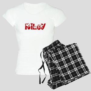 Riley Surname Heart Design Pajamas