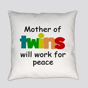 Mom of twins Everyday Pillow
