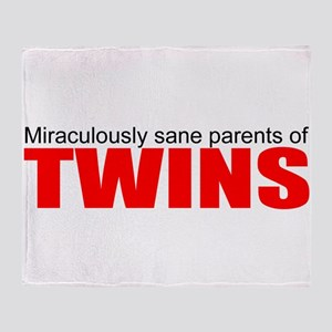 Twins drive you crazy Throw Blanket