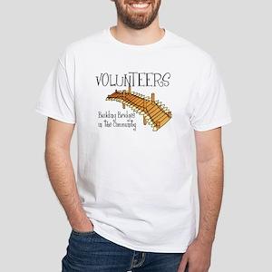 volunteers building bridges T-Shirt