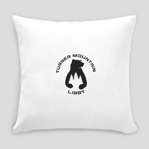 Turner Mountain - Libby - Montan Everyday Pillow